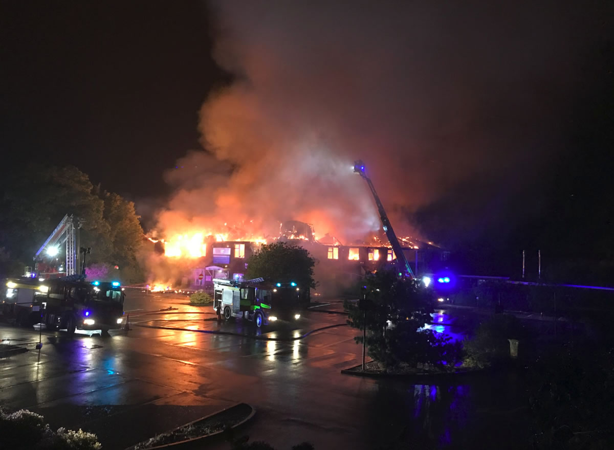 Weybridge Community Hospital Fire – Hundreds Of Residents Evacuated As Huge Fire Broke Out At  Health & Walk In Centre Overnight