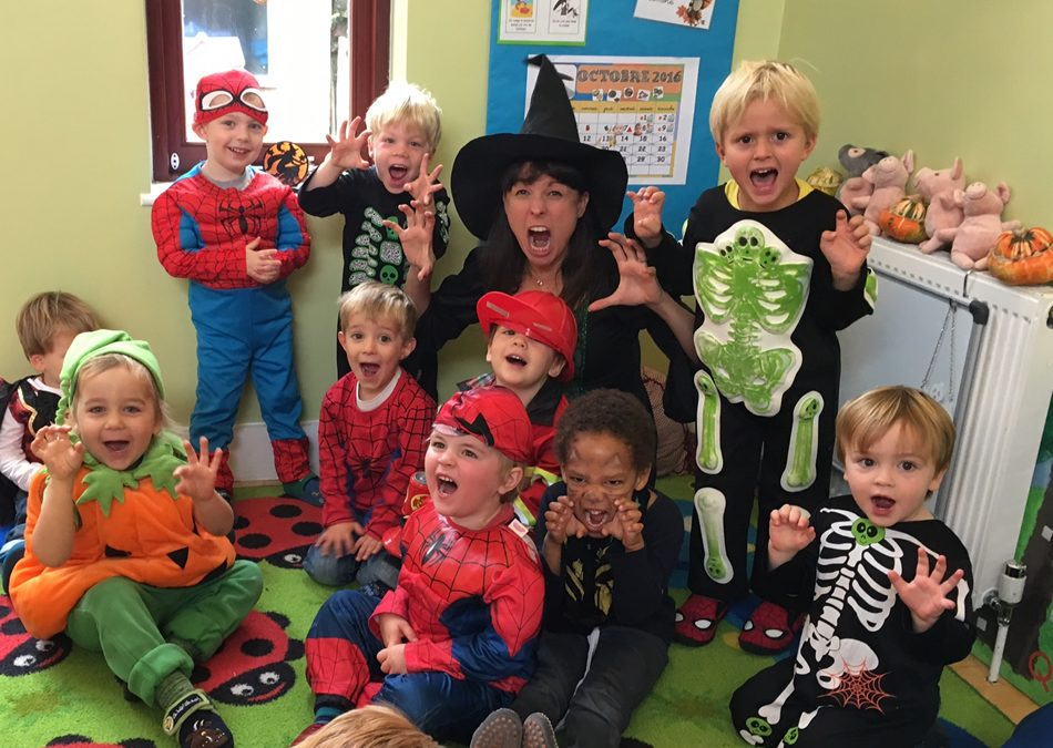 Free Halloween Party for Kids (0-6) in Weybridge! Drama, Music & Dance Entertainment