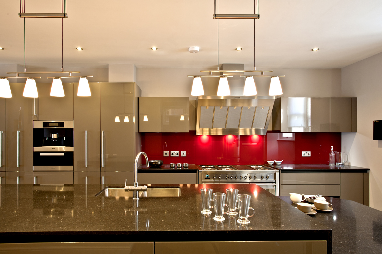 shepperton-kitchens-lighting-sanctuary-2