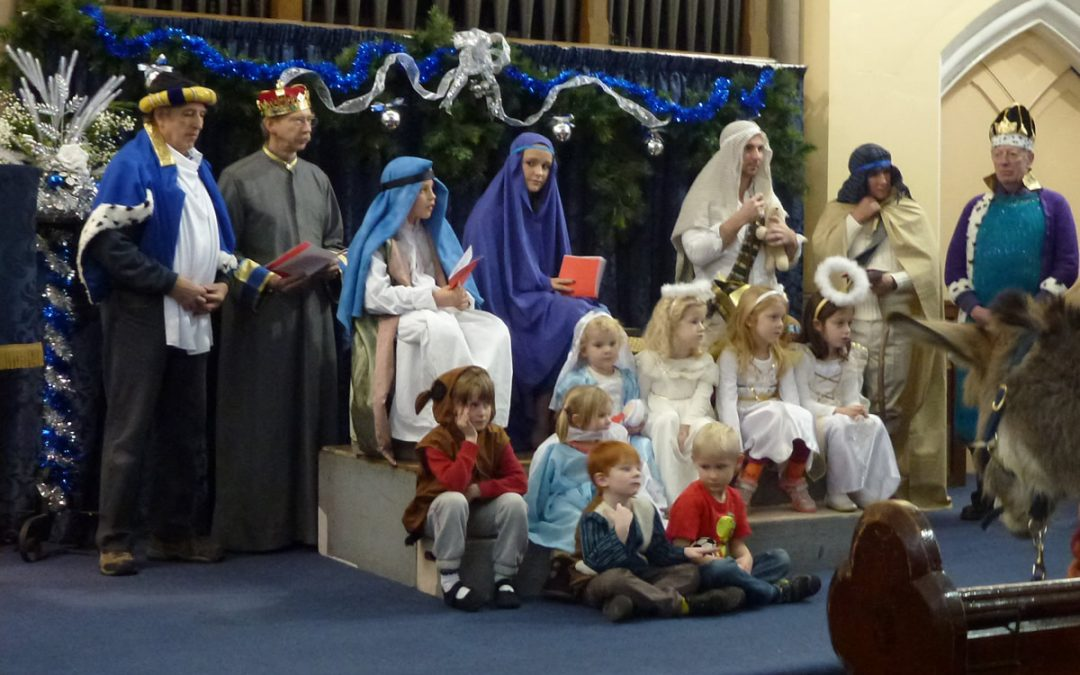 Christmas & Advent Services & Events at United Reformed Church Weybridge Surrey