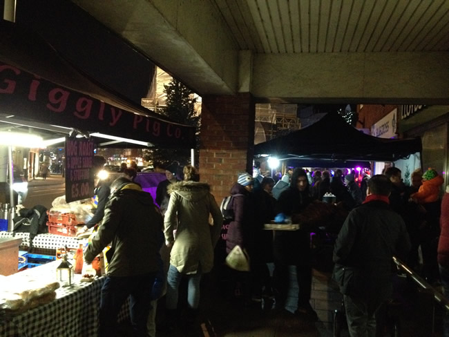 Giggly Pig Hog Roast at Weybridge Town Christmas Tree Light Switch On