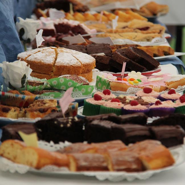 Weybridge Cake Baking Competition - Family Cakes Celebration Cakes & Cupcakes