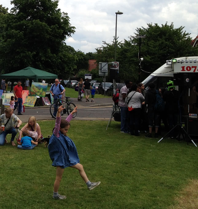 Picnics, children playing, Radio Jackie, food & craft stalls at Weybridge Town Business Group event