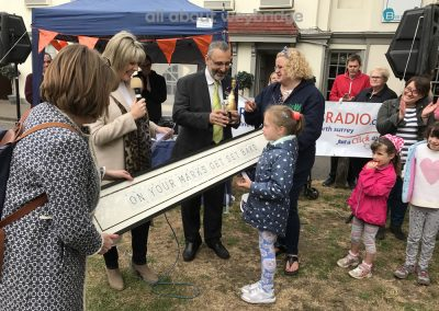 Ruth Langsford Presents Best In Show Prize for Great Weybridge Cake-Off