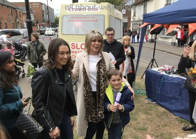 successful-family-with-ruth-langsford-weybridge-cake-off