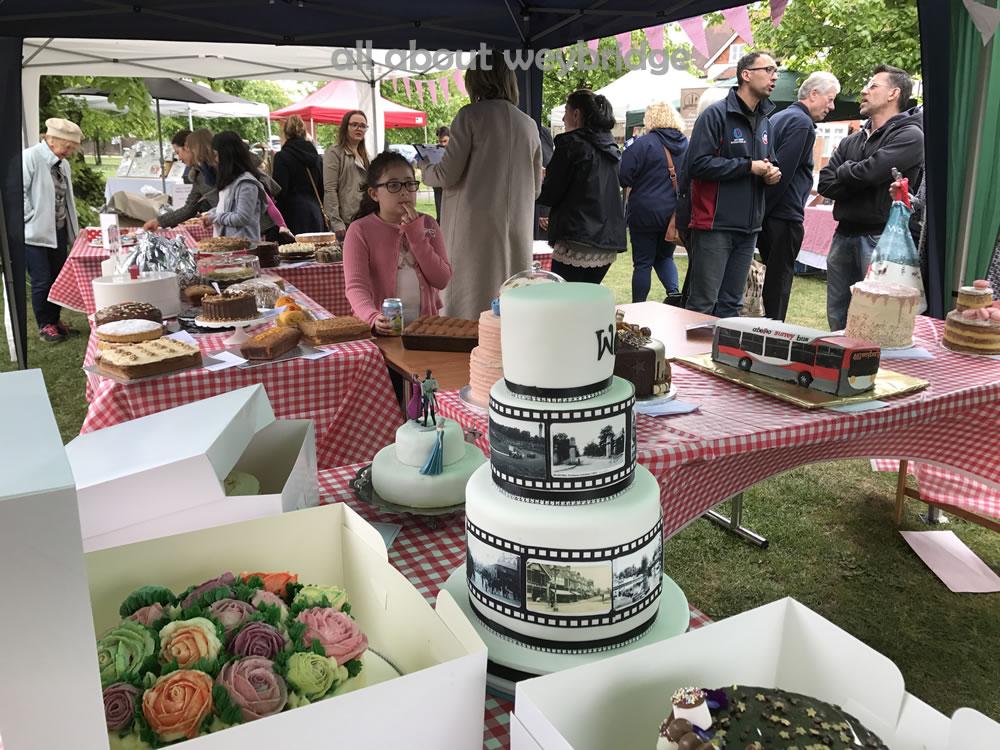 weybridge-cake-off-celebration-cakes-marquee
