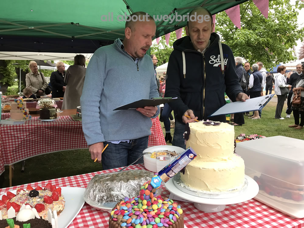 weybridge-cake-off-judging-2
