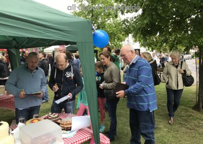 weybridge-cake-off-judging