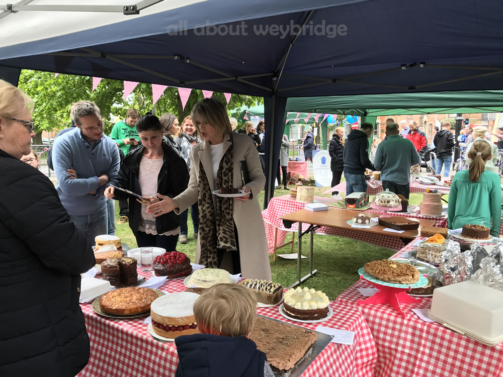 weybridge-cake-off-judging-kitchen-shop-3