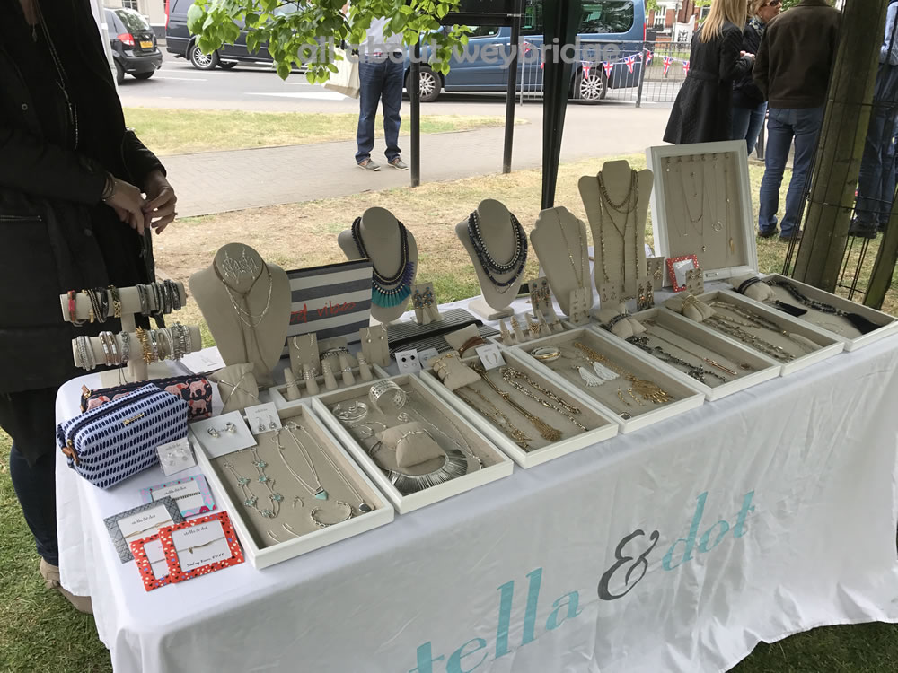 weybridge-cake-off-photos-1000-craft-market-stella-dot-jewellery
