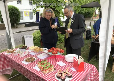 weybridge-cake-off-small-bakes-judged-wi-waitrose