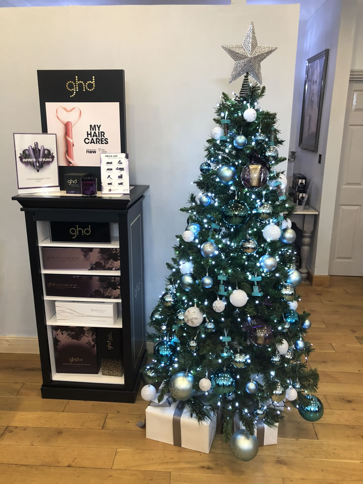 Christmas Tree at Garretts Hair Salon Weybridge