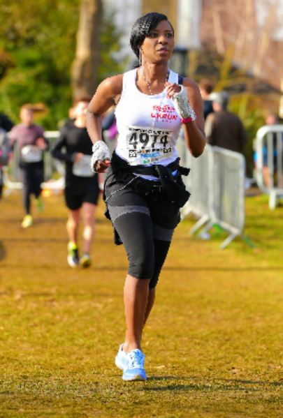 Bridgette James Running in Charity Race for Woking and Sam Beare Hospices Weybridge Surrey