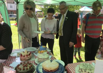 Cake Judges Ruth Langsford Gemma Woods of Kitchen Shop Weybridge and Robert Robert Navarro of Waitrose