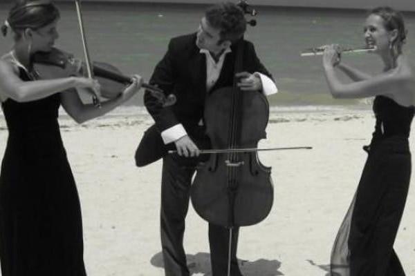 Classical Music Concert in Weybridge Surrey – The Cantilena Trio