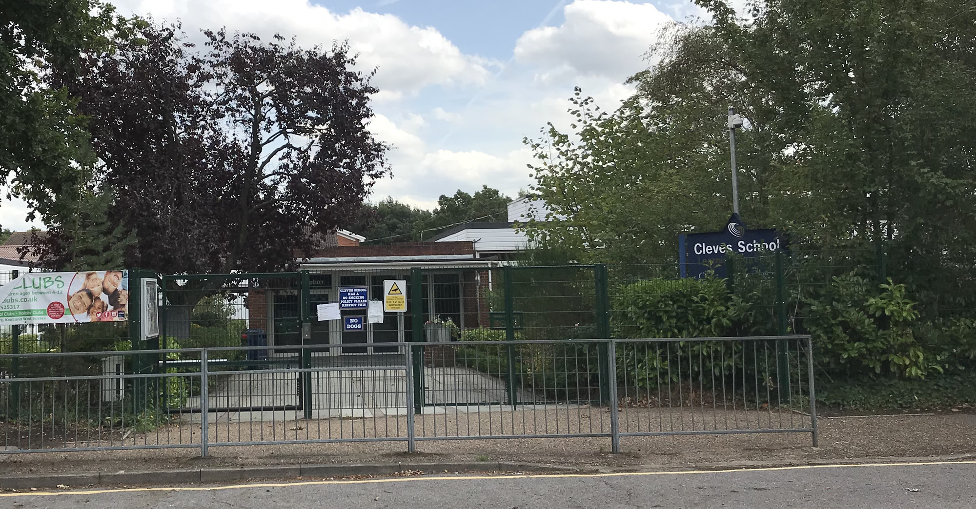 Cleves Primary School Weybridge  All About Weybridge - Elmbridge Surrey
