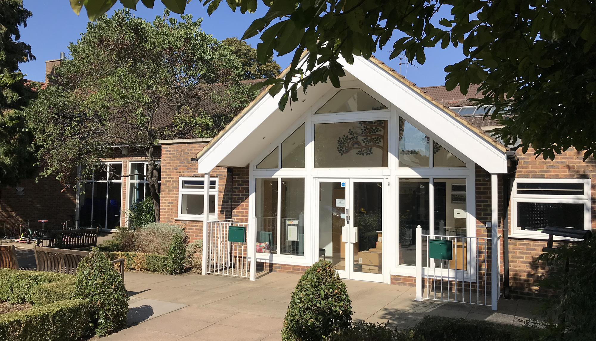 Oatlands School Weybridge Surrey