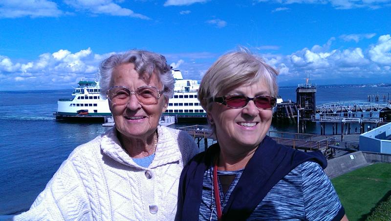 Weybridge Obituary - Mavis Higgins Scanes with Daughter Carole