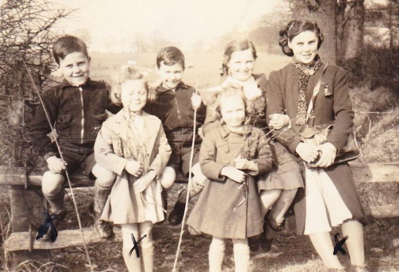 Weybridge War Time Memories Of Mavis Scanes nee Higgins - family at Birmingham to avoid bombing