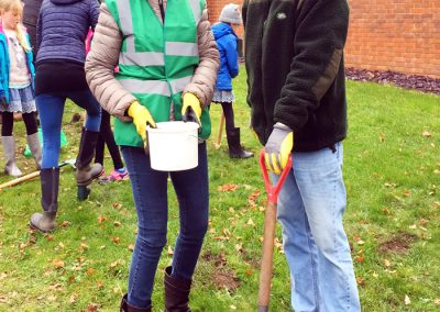 Community Bulb Planting - November 2018 Weybridge In Bloom Event