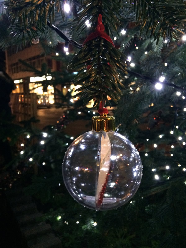 Personalised baubles for lights crowd-funded supporters-weybridge-christmas-market