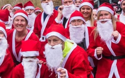 New Walton Santa Fun Run For Woking & Sam Beare Hospices