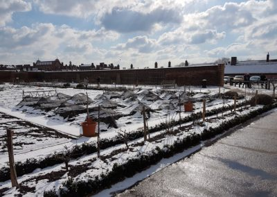 Snowy Hampton Court