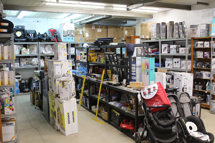 Garden & Household Products including electrical at Guildford Surrey Auction