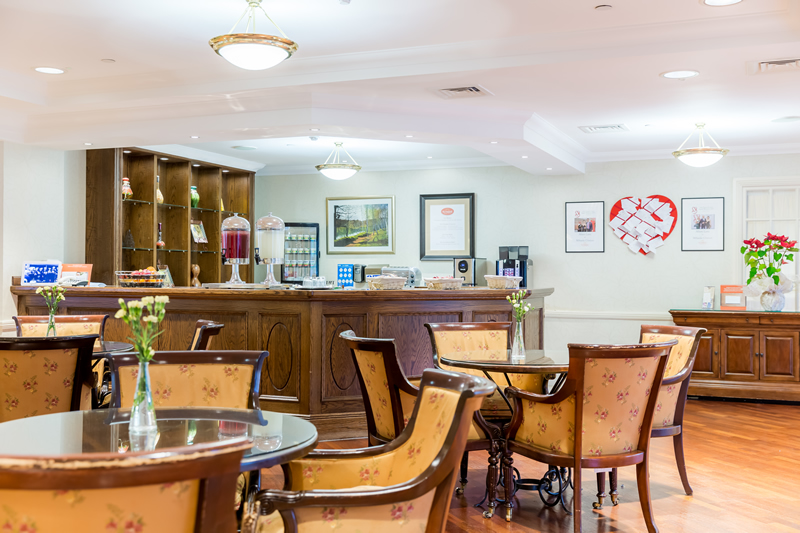 Dining - Bistro at Sunrise of Weybridge Care Home
