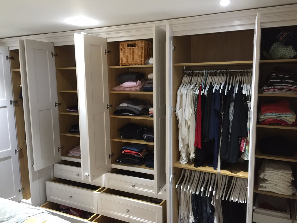 Richard James Bespoke Fitted Furniture