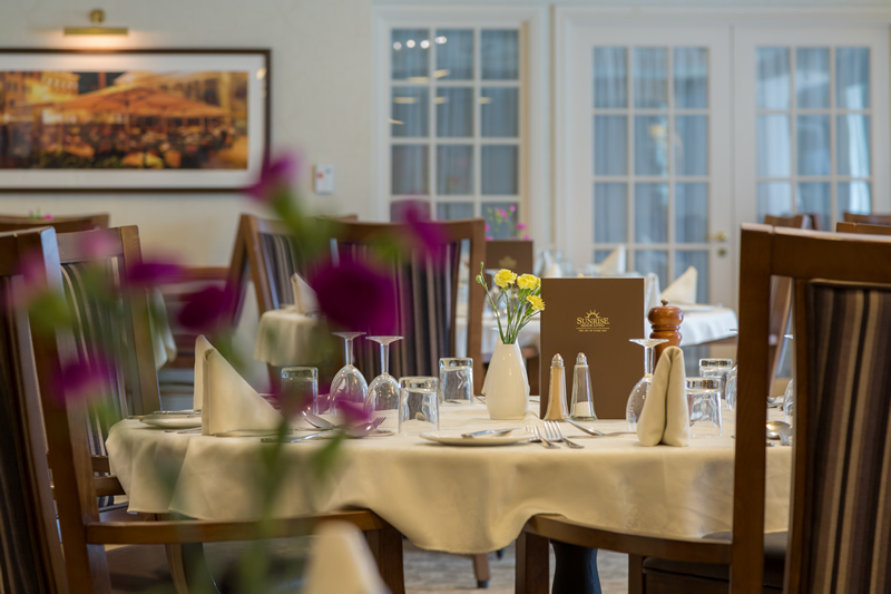 Weybridge Care Home - Sunrise of Weybridge Dining Room