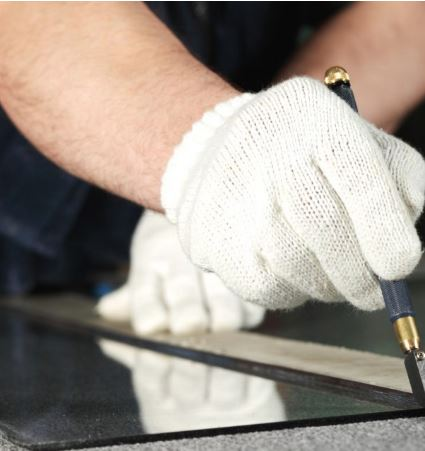 Glass Cutting Service - Weybidge and Woking Surrey