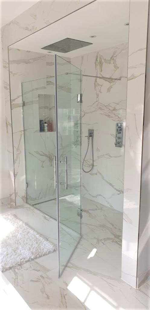 Glass Shower - Customised Glazing - Oatlands Weybridge House