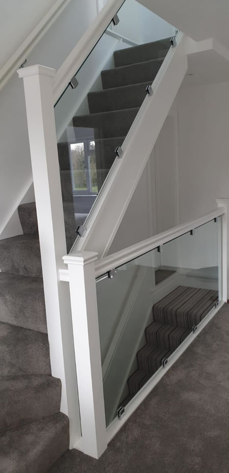 Glass Stair Banisters - Glazing and Glass Cutting for Cobham House
