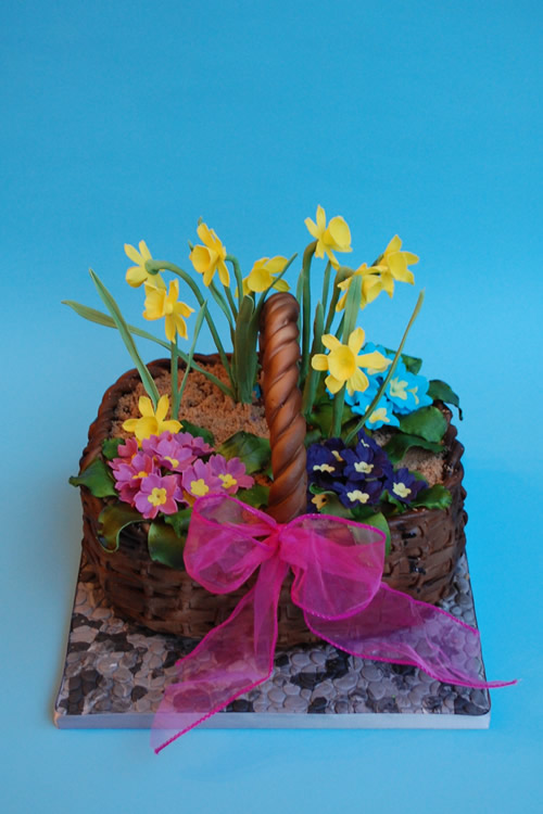Weybridge Birthday Cakes - Iced Innovations - Flower Basket