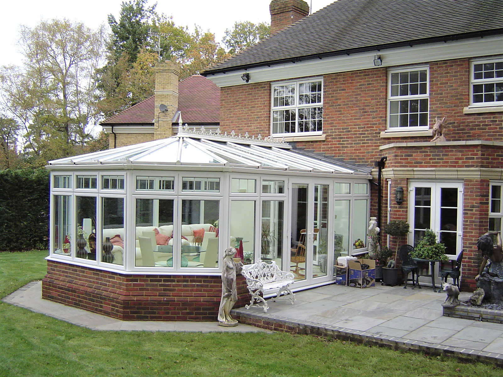 Weybridge & Oatlands Conservatories - Sheerwater Glass Woking