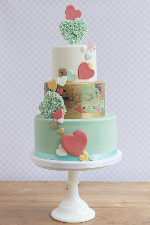 Weybridge Wedding Cake Maker - Modern Heart Ruffles