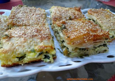 Spinach and feta filo pastry bake
