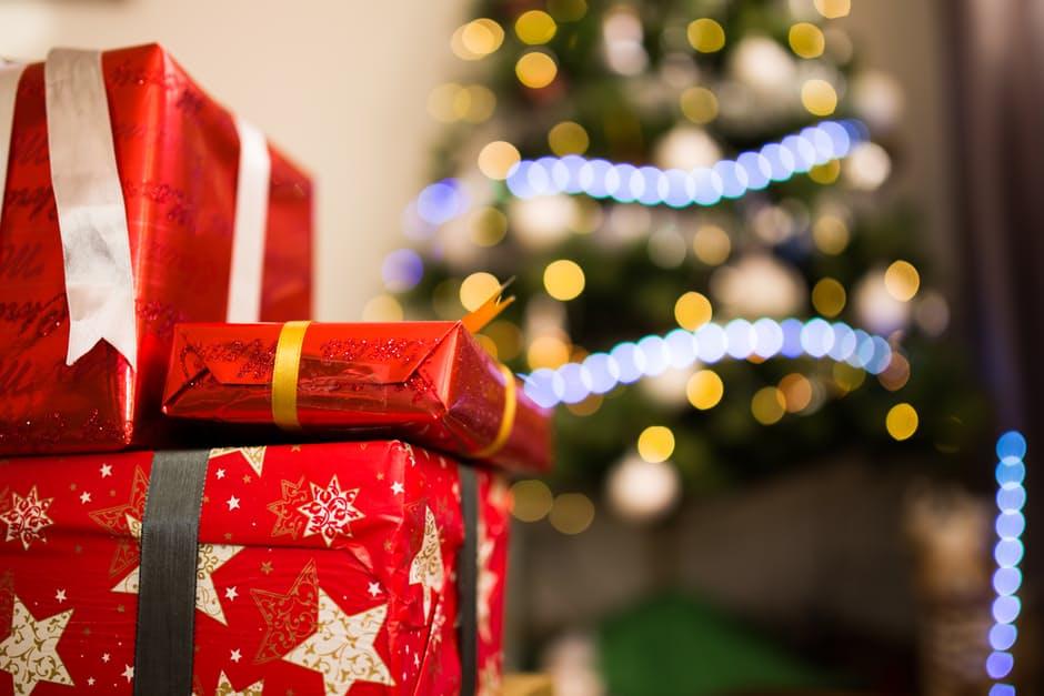 Christmas Gifts and Tree - Elmbridge Christmas Fayre