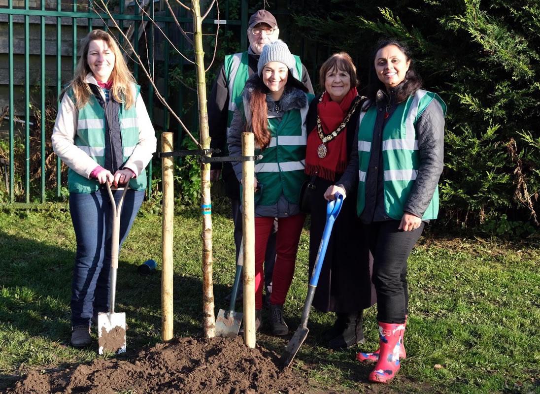 Churchfields Recreation Ground - Weybridge In Bloom Team Tree Planting