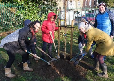 Elmbridge Environmental Concerns Team - Weybridge Tree Planting