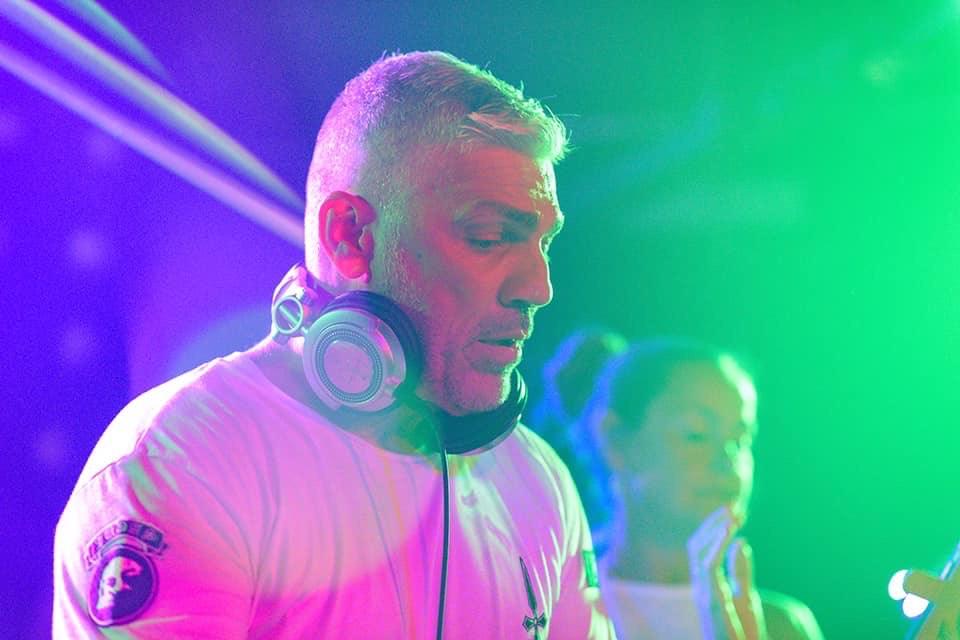Come & enjoy DJ Alex P at Red Bar Weybridge Surrey