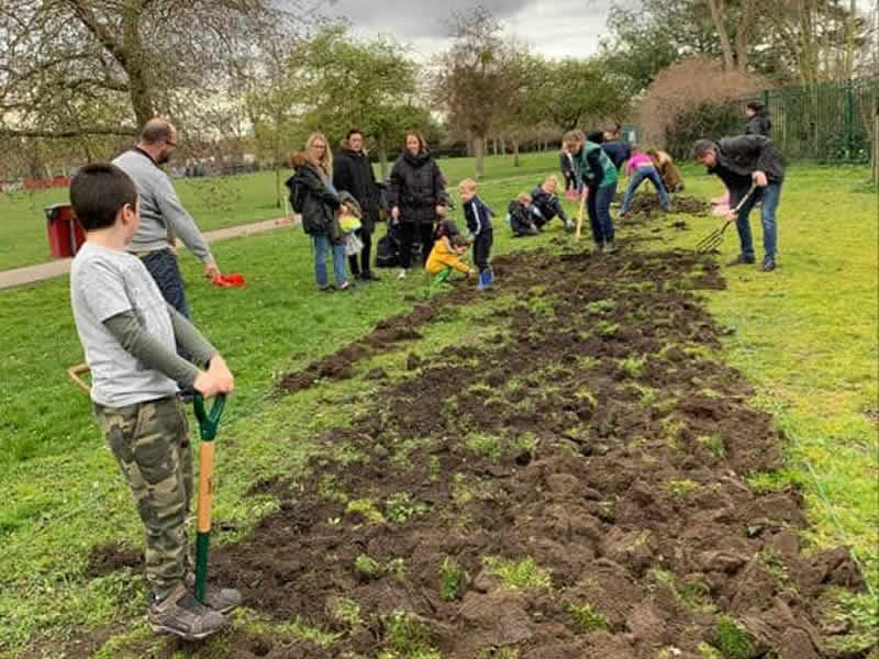 Big Dig for Meadow Planting in Churchfields Recreation Ground Weybridge