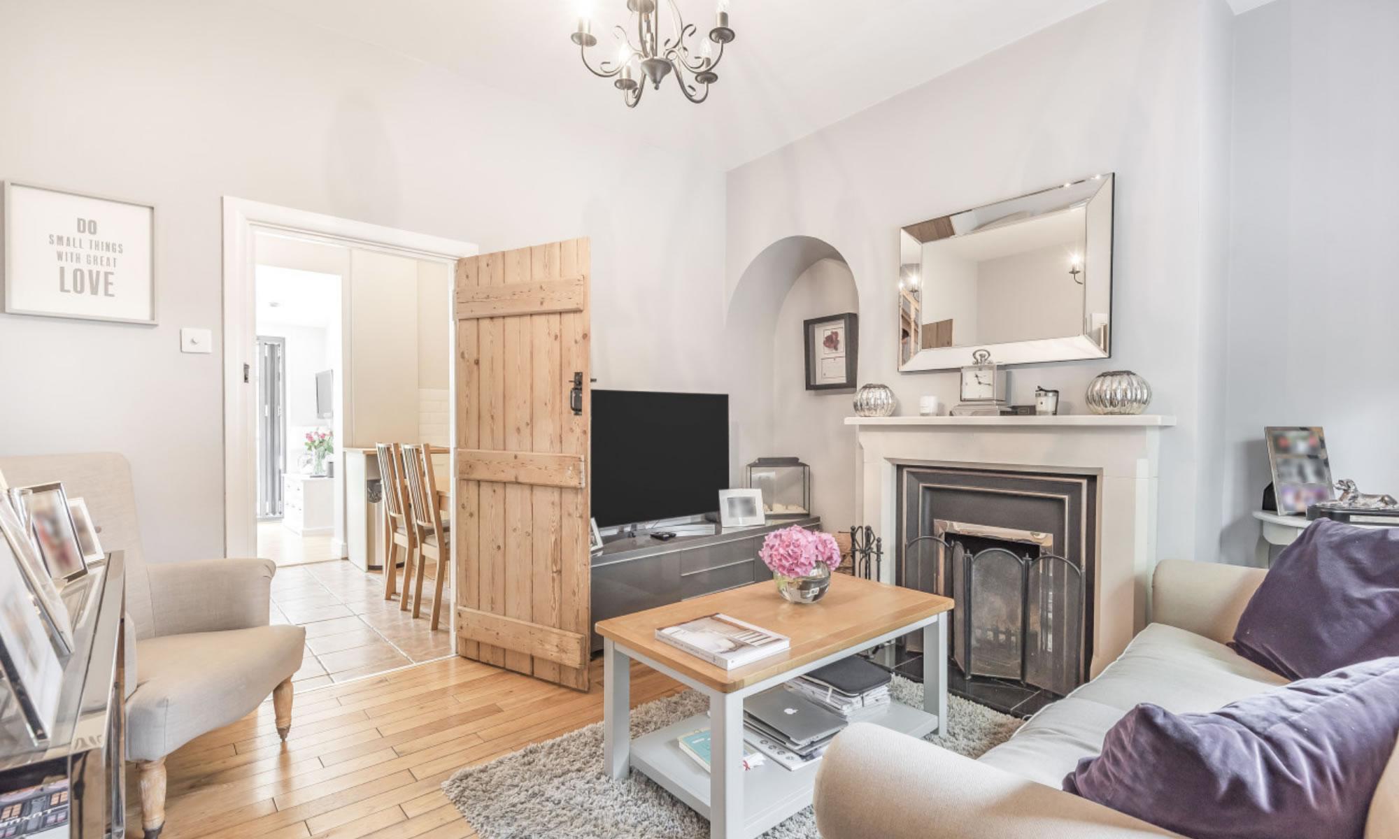 Houses & flats for sale - Weybridge Estate Agents - Vision Properties