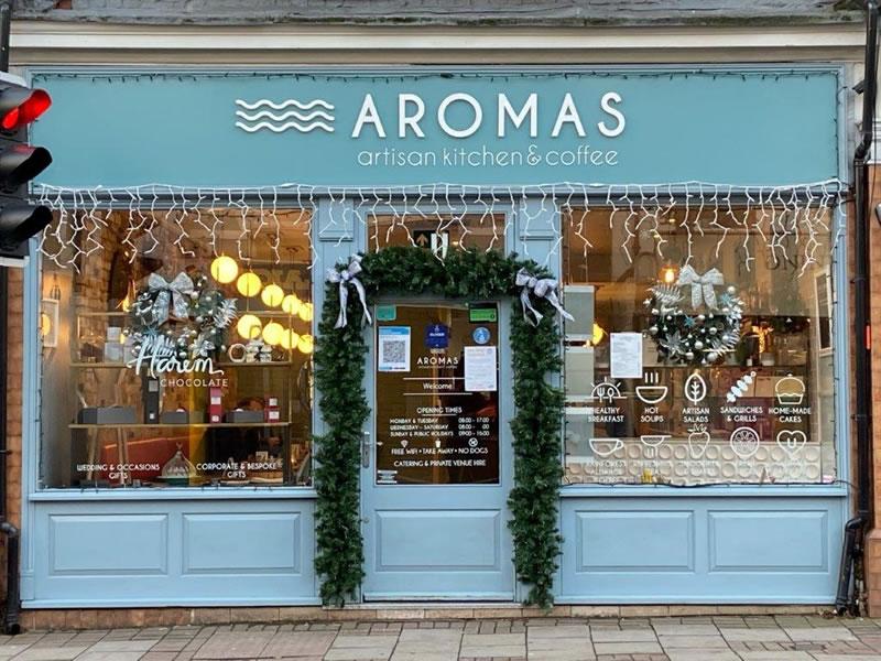 Aromas Artisan Kitchen and Coffeee Shop Church Street Weybridge Christmas Window