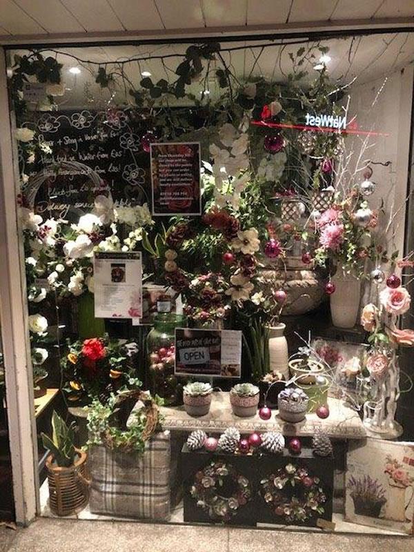 Fleurs Amanda Baker Street Florists - Christmas Window