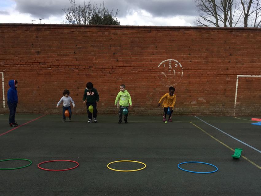 Weybridge Holiday Child Care and Fun Club for KIds
