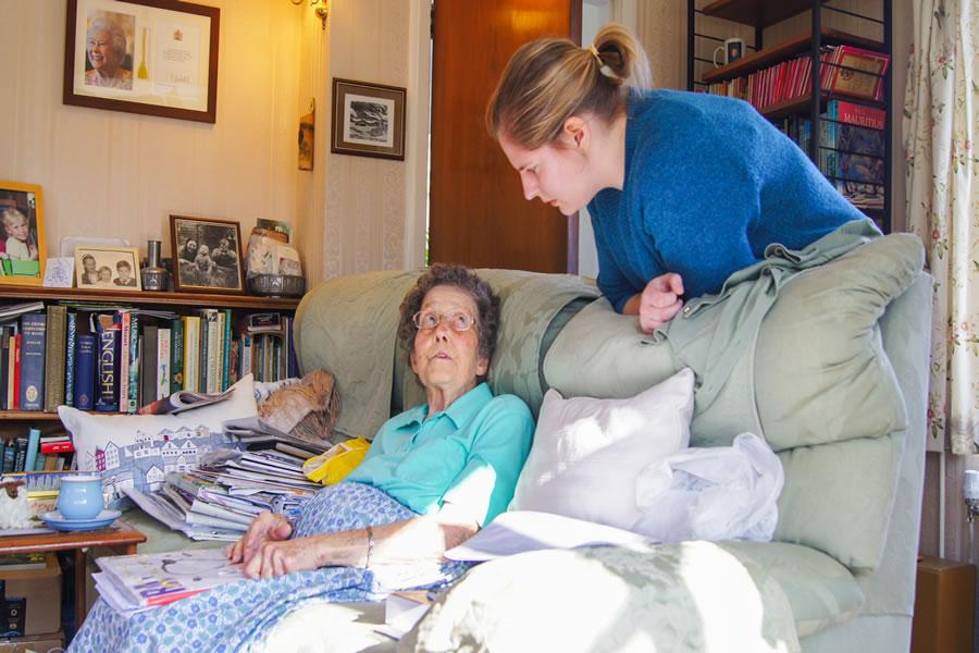 Dementia Care at Home - Weybridge and Surrey