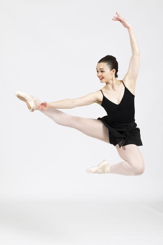 Ballet Teacher Grace Grace attended Susan Robinson School of Ballet and The London Russian Ballet School